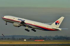 """A UFO abducted Malaysia Airlines Flight MH370 in mid-flight. Those who advocate this theory claim they are supported by the head of the Malaysian air force, Rodzali Daud, who reportedly stated that their radar had picked up the signal of an """"UFOs"""" near the area before the plane went missing. They also cited the virtual lack of debris as proof of the alien abduction. Even more frightening is the fact that 1 in 10 Americans apparently believe this theory, according to a survey conducted by…"""