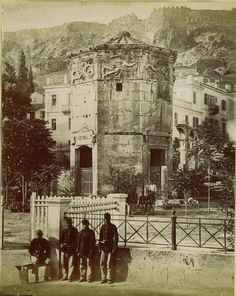 A set of rare and amazing photos of Greece from the century. Tourists on Parthenon, Athens, Greece, circa 1860 Athens from Acr. Greece Pictures, Old Pictures, Old Photos, Rare Photos, Vintage Pictures, Attica Athens, Athens Greece, Athens Acropolis, Greek History