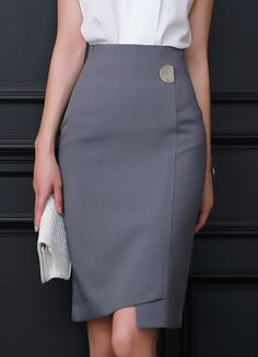 Asymmetrical Hem Semi-Circular Button Detail H-Line Skirt, Styleonme Cute Skirts, Short Skirts, Classy Outfits, Chic Outfits, Blouse Dress, Dress Skirt, Outfit Elegantes, Modele Hijab, Skirt Patterns Sewing