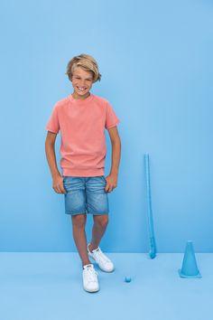 Bram's favourite look, , medium Shoes Without Socks, Beauty Of Boys, Modern Kids, Teen Boys, Beautiful Children, Teen Fashion, Cute Boys, Summer Outfits, Sporty