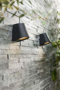 Strakke design spotjes voor een schutting of buitenmuur | Desing spotlights for a fence or outside wall | KARWE 3-2018