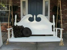 Great repurpose of a headboard!Porch swing made from headboard by Lady dutchy - Front Porches Today Furniture Projects, Furniture Makeover, Home Projects, Diy Furniture, Spring Projects, Living Pool, Outdoor Living, Old Headboard, Headboards