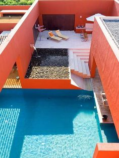 I've always been intrigued by this contemporary Mexican architect, Ricardo Legorreta.