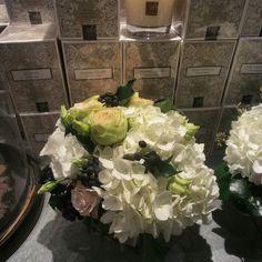 entrez dans notre univers! :) ☆☆☆  #florist #fleuriste #flowerstagram #flowers #fleurs #flowershop #boutique #inspiration #team #equipe #winter #hiver #magic #magie #paris #decor  #arrangement #decoration #design #inspiration  #christmas #diy #create #outdoor #indoor #happy #awesome #luxe #glamour #gold #fleursparis #frenchstyle #instalike #instaflowers         | www.unpeu-beaucoup.com |