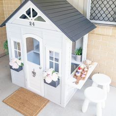 Kmart cubby house hack creates a dreamy cafe for kids Kids Cubby Houses, Kids Cubbies, Play Houses, Kmart Home, Kmart Decor, Playhouse Outdoor, Playhouse Interior, Wendy House, Backyard For Kids