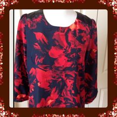 FINAL DAY Red and Blue Zip Back Blouse. NWT Gorgeous 3/4 sleeve blouse Merona Tops Blouses