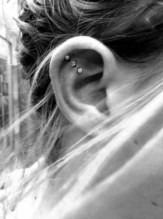 I love that it's diagonal and not vertical. I've been wanting piercings. I love this!