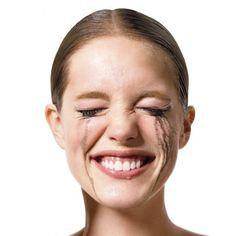 Coucou tout le monde ! Comment faire tenir son maquillage toute une journée ? Ou pour un rendez-vous important ? Beaucoup de femmes se sont déjà posées la question, moi...