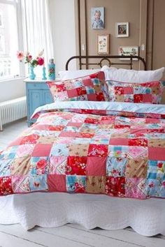 Aqua and red bedroom by florine