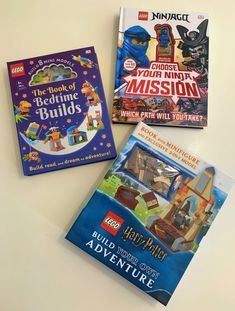 These three LEGO books include LEGO pieces in every single one! Now, let's have fun reading with LEGO books and start building LEGO models! Harry Potter Facts, Lego Harry Potter, Lego Books, My Books, Let's Have Fun, Lego Models, Lego Pieces, Lego Ninjago, Book Gifts