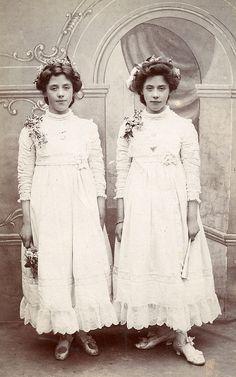 The Watkin twins by lovedaylemon, via Flickr