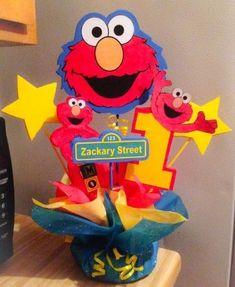 Elmo First Birthday, Boy Birthday Parties, Birthday Ideas, Sesame Street Party, Sesame Street Birthday, Elmo Plaza Sesamo, Elmo Centerpieces, Sesame Street Centerpiece, Cookie Monster Party