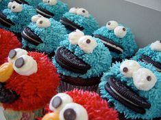 Cookie Monster & Elmo Cupcake