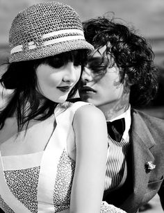 Such a 20's Vintage Feel, Classic and Edgy:All Images ©2009 Melissa Rodwell Photography