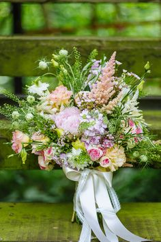 Beautiful pastel-toned summer bridal bouquet www.onefabday.com