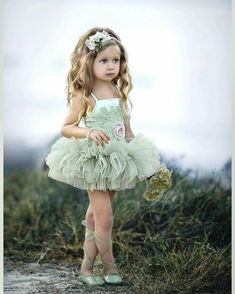 Dollcake a Little star Struck Tutu Dress Little Girl Dancing, Cute Little Girls, Little Girl Dresses, Girls Dresses, Flower Girl Dresses, Kind Mode, Little Princess, Baby Dress, Kids Outfits