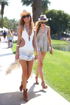 Warm weather boho-chic style. Click here for more looks.