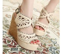Fashion Laser Special Hollow Out Hasp Slipsole Sandals Apricot - $63.72