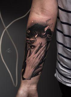 Gothic Tattoo, Dark Tattoo, Sweet Tattoos, Love Tattoos, Airbrush Skull, Face Tats, Medusa Tattoo, Female Drawing, Mehndi Tattoo