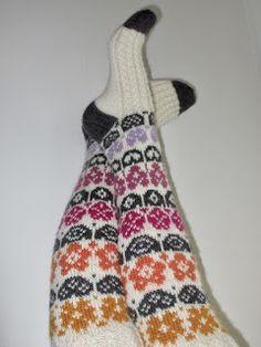 Ravelry: Taimihässäkät pattern by Marja Viitaniemi Knitting Socks, Ravelry, Projects To Try, Pattern, Fashion, Knit Socks, Moda, Fashion Styles, Patterns