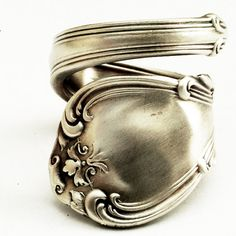 Spoon Ring Unique Victorian Organic Scroll Sterling Silver, Handmade in Your… Happy Unbirthday, Spoon Rings, Unique Rings, Vintage Accessories, Bracelet Making, Ring Designs, Fingers, Frosting, Jewerly