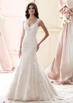 Ivory V-neck Wedding Dress - 1507897 - Vintage Wedding Dresses
