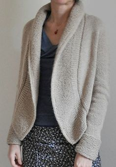 lavori a maglia Cashmere Jacket, Mantel, Hand Knitting, Knit Crochet, Knitwear, Knitting Patterns, Pullover, Womens Fashion, Tops