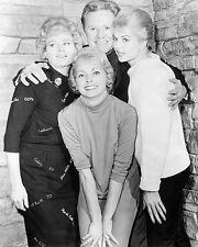 Shelley Winters, Van Johnson, Martha Hyer, Janet Leigh