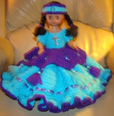 Pretty in blue. Crocheted by NeeNee.