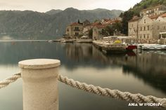 Perast, Montenegro, sleeping in between tourism seasons. ANIA W PODRÓŻY travel blog and photography