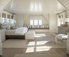Incredible Loft Bedroom Design Idea 91