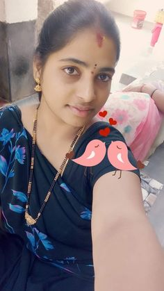 Beautiful Girl In India, Beautiful Women Over 40, Most Beautiful Indian Actress, Beautiful Girl Image, Indian Natural Beauty, Indian Beauty Saree, Cute Beauty, Beauty Full Girl, Arabian Beauty Women