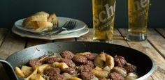 Λουκάνικα με Κυδώνια Health Diet, Main Dishes, Sausage, Beef, Recipes, Christmas, Food, Main Course Dishes, Meat