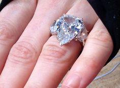 Avril Lavigne's 14 carat diamond engagement ring from Nickelback signer Chad Kroeger.
