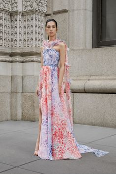 Prabal Gurung Resort 2020 Fashion Show Collection: See the complete Prabal Gurung Resort 2020 collection. Look 6 Fashion 2020, Daily Fashion, Runway Fashion, High Fashion, Vogue Fashion, 70s Fashion, Fashion Trends, Style Couture, Couture Fashion