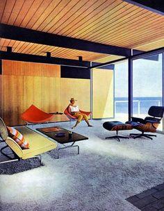 Languishing among the MCM classics... The Hunt beach house in Malibu, California. Designed by Craig Ellwood, 1957.