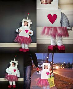 Un disfraz de robot para niñas muy femeninas