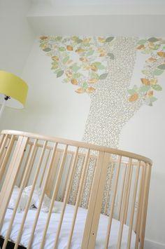 A INKE wallpaper-tree (tree #1 October 066) 3 bedroom loft in Tribeca, New York, designed in 2014 by Decca + Decca design studio