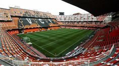 Nothing but the best Football Stadiums, Football Fans, College Football, Oceanografic Valencia, European Soccer, Sports Stadium, Fc Chelsea, Everton Fc, Zinedine Zidane