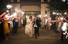 wedding photography must have wedding photos bride groom leave ...