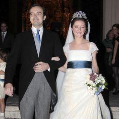 The wedding of María del Carmen Moreno de la Cova Solis, granddaughter of the Marquesa de la Motilla. The bride is wearing the sapphire and diamond Motilla tiara.