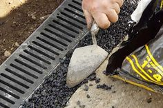 This Old House landscape contractor Roger Cook helps a homeowner solve a driveway drainage dilemma Driveway Drain, Gravel Driveway, Driveway Landscaping, Landscaping Ideas, Driveway Ideas, Driveway Repair, Hillside Landscaping, Landscaping Software, Backyard Ideas