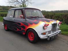A Mini variant, not sure of it is a Wolseley Hornet or a Riley Elf...