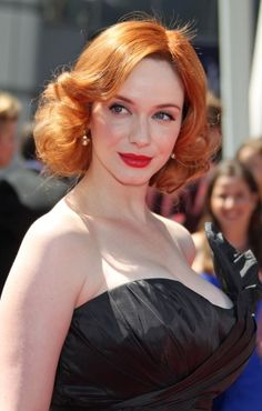 The Queen of red locks herself, Christina Hendricks. Love her wavy, curled tresses.