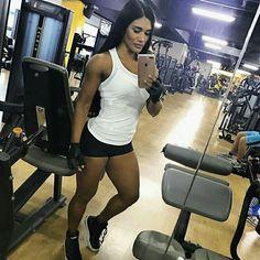 #fitness #powergirl #strong #work #gym #gymaddict #like #like4like  #like4follow #likeforfollow #likebackteam #instafitness #instabeauty #teamulatafit #strongwomen  #fitnesslove