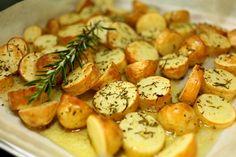 Bild zum Rezept für Steamer und Dampfgarer: Rosmarin-Kartoffeln.