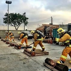 FEATURED POST  @joinlafd -  Axe-ercise functional workout at Drill Tower 40. : A/O Andy Lambert DT 40 Instructor. . CHECK OUT! http://ift.tt/2aftxS9 . Facebook- chiefmiller1 Snapchat- chief_miller Periscope -chief_miller Tumbr- chief-miller Twitter - chief_miller YouTube- chief miller  Use #chiefmiller in your post! .  #fire  #firetruck #firedepartment #fireman #firefighters #ems #kcco  #brotherhood #firefighting #paramedic #firehouse #rescue #firedept  #feuerwehr #crossfit  #brandweer…