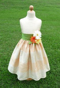 2687b142e Super adorble skirt - flower girl <3 Flower Girl Tutu, Flower Girl  Dresses