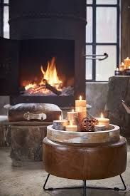 Afbeeldingsresultaat voor kersttrends 2017 Candle Tray, Lantern Candle Holders, Candles, Light My Candle, Candle In The Wind, Casa Loft, Fireplace Design, Dining Room Design, Decoration