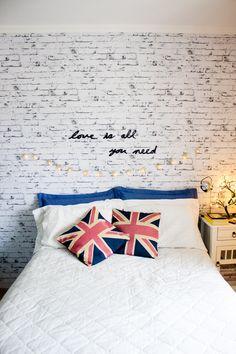 Para quem gosta de um quarto mais alegre e diferente olhe essa inspiração!